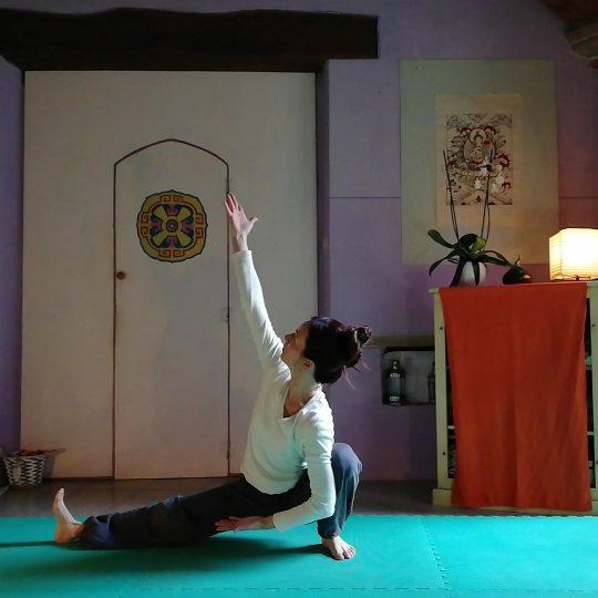 https://www.arezzobenesserefestival.it/wp-content/uploads/2019/08/yoga1-540x540.jpg